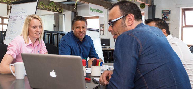Coworking, home-office, escritórios virtuais, hot desk… sua mesa de trabalho nunca mais será a mesma…